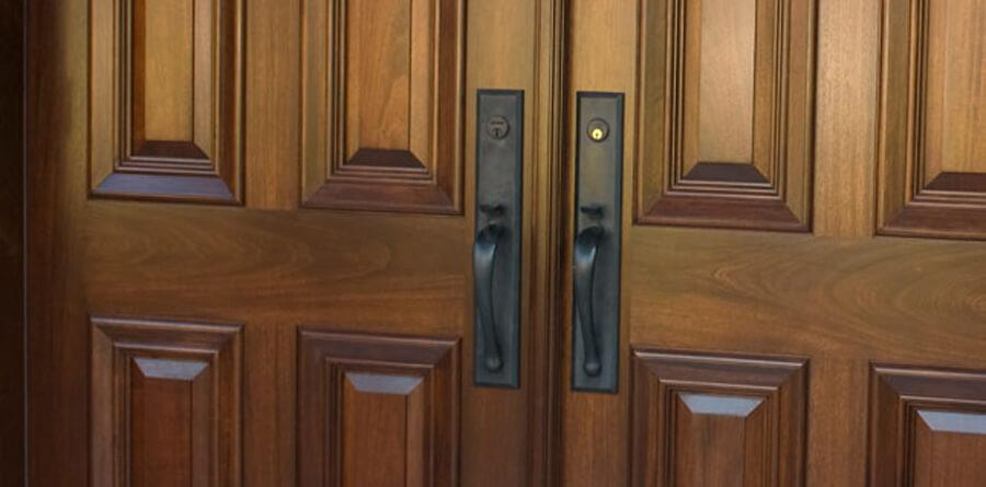 Por que escolher as portas de madeira?